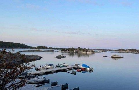 FLERE PLASSER: Det er gitt tillatelse til å etablere 24 nye båtplasser i et flytebryggeanlegg på Nødodden.