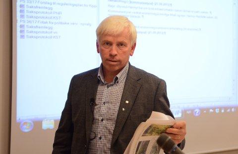 OPTIMIST: Flesberg-ordfører Oddvar Garaas (Sp) har håp om ny svømmehall i Flesberg.