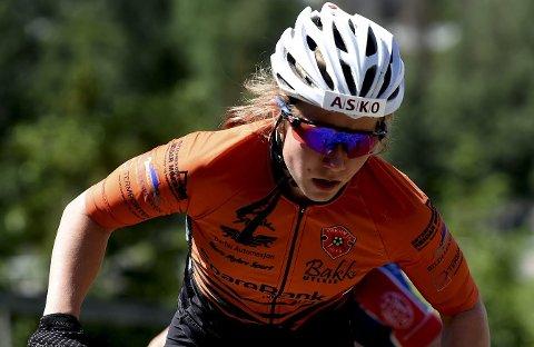 TREDJEPLASS: Fiskumsyklisten Helene Marie Fossesholm tråkket inn til bronsemedajle ijunior-VM i terrengsykling i Canada torsdag.FOTO: OLE JOHN HOSTVEDT