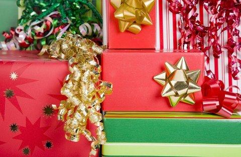 IKKE ALLTID EKTE: Det er ikke alt som havner under juletrærne i år som er ekte vare.