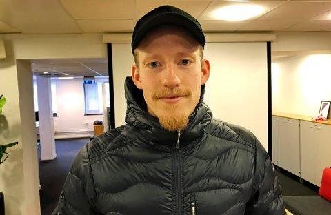 PENGER? NEI TAKK: Gjermund Åsen forteller at han hadde muligheten til å gå til relativt eksotiske ligaer og tjene flere millioner kroner netto i året. Valget falt likevel på TIL, og i vår ferskeste podcast forteller han litt mer om hvorfor.