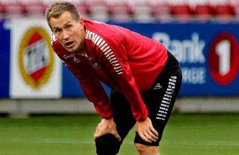 UTE AV LAGET: Morten Gamst Pedersen fikk 90 minutter på benken mot Glimt, og kan bli nødt til å starte på benken også mot Kristiansund søndag.