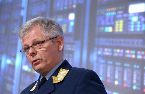 Sjef for etterretningstjenesten, generalløytnant Morten Haga Lunde, legger fram trusselvurderingen for Norge. (Foto: Terje Pedersen / NTB scanpix)