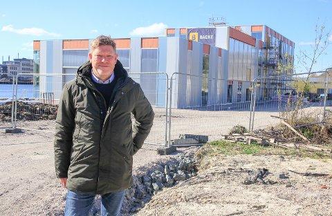 PÅ FLYTTEFOT: Innen utgangen av året flytter Kjetil Larsen og Norner inn i R8s Polymer Exploration Centre på Vestsida.