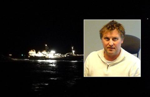 Arne Mathisen (innfelt) er kokforbannet på at regjeringen ennå ikke har fått orden på havna.