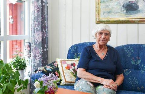 SVINDLET: Lillian Jensen fra Brumunddal ble svindlet for nesten 340.000 kroner. Nå skal en mann være pågrepet for svindelen mot henne og flere andre.