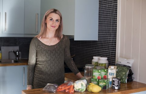 Neneva får tak i de essensielle veganske matvarene sine, men føler noen spisesteder kunne hatt flere vegetarianske og veganske tilbud.