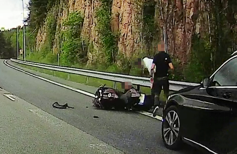Spesialenheten er ferdig med å etterforske kollisjonen mellom en sivil politibil og en motorsyklist på E18 26. mai.