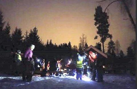 TUR I MØRKE: Det blir lommelykttur med Barnas Turlag i Røyken og Hurum torsdag kveld, med start fra p-plassen i toppen av Verpenveien der det er skiltet kyststi.