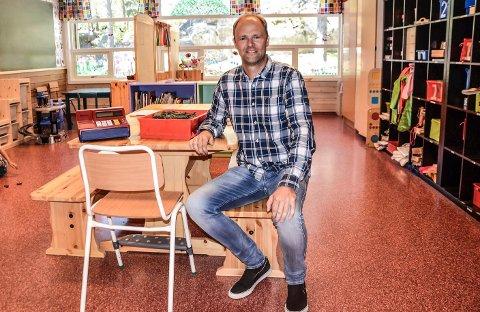 Lars Henning Finstad er rektor på Kurland barneskole.
