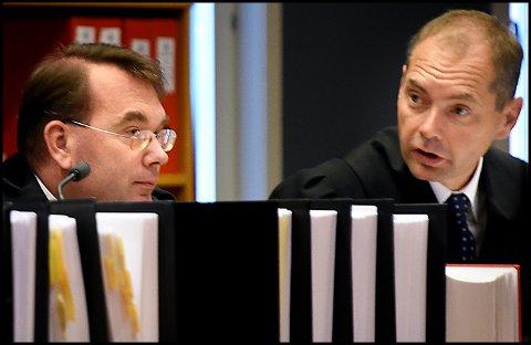 Aktorene i ankesaken mot den bedrageritiltalte tidligere fastlegen, politiadvokatene Morten Lundén (t.v.) og Jahn Schei avholdt i dag sine prosedyrer, der det ble lagt ned påstand om at den tidligere legen skal dømmes til fire års fengsel og tåle inndragning av til sammen 2,3 millioner kroner.