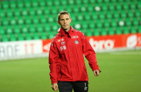 STEPPAR INN: Rune Bolseth styrer troppen som reiser til Estland.