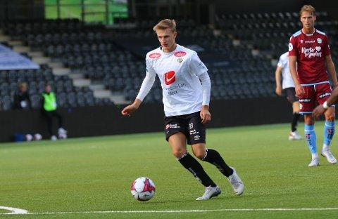 X-FAKTOR: Anders Johannessen Nord har ein x-faktor, seire Håvard Flo i samband med spelaravtalen.