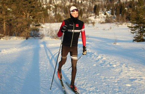 FRÅ LEIKANGER TIL VM: Hjalmar Michelsen (18) er busett på Leikanger og går på skule i Sogndal. Den komande tida skal han representera heimlandet Danmark i VM på ski.