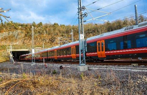 Jernbane: En av løsningene jernbaneverket ser for seg, er å forlenge Bratsbergbanen til Larvik. (Arkivfoto)