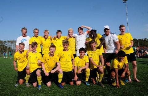 GULLGUTTER: Kragerø G16 slo brasilianske Interclubes 2-1 i finalen, og sikret seg den store Dana Cup- pokalen.  (ALLE FOTO: Frode Berg)
