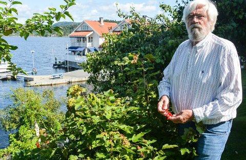 NY BOK: Thore M. Busk er ute med ny bok. 77-åringen debuterte med «Narkosmuglerne» i 2014.