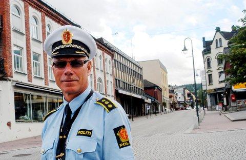 RÅNETREFF: Politistasjonssjef på Notodden, Helge Folserås, håper det ikke blir noe rånetreff skjærtorsdag. Han sier politiet er forberedt til å agere om nødvendig.