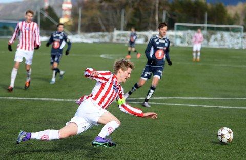 Christoffer Folland scoret to for Averøykameratene.