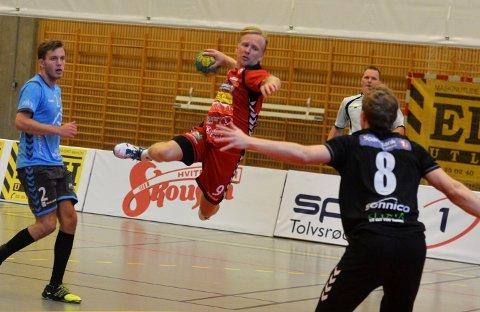 FLYR HØYT: Kristian Werner Nordby og Nøtterøy svever på en bølge av selvtillit etter tre strake seire i 1. divisjon.