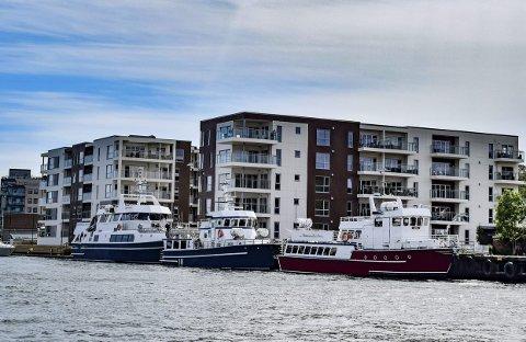 FLERE FOLK, FLERE BILER: Presset på Kanalbrua øker på grunn av storstilt boligbygging langs Kanalen. Foto: Mia Nystuen