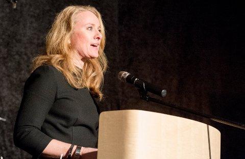 PÅ ALVOR: - Vi tar arbeidet mot arbeidslivskriminalitet på alvor, sierr statsråd Anniken Hauglie.