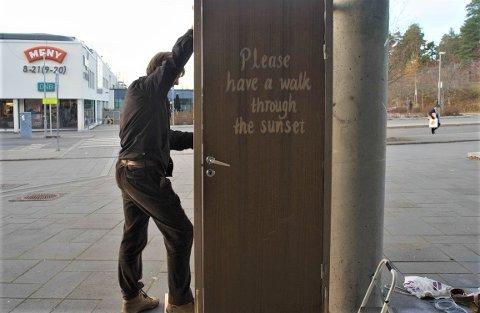 Aksel Gøytil Bødtker og de andre i Nesodden natur og ungom bruker kunst som protest.