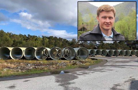 LEIGER PLASS: Brødrene Dahl vasskraft har fått løyve av grunneigar om å få bruke plassen til lagring av røyr. Innfelt: Richard Skår.