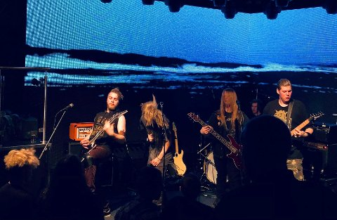 VELDEDIGHETSKONSERT: Bandet Heads of Hydra, var et av bandene som rocket for Barnekreftforenigen sist fredag.