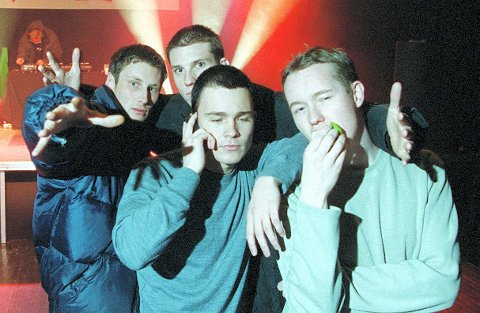 Tilbake: Pen Jakke i 2000, rett før de kom med sitt første, og eneste, album. Bandet består av Per Olav Hoff Mydske (fra venstre), Jonas Bjerketvedt, Mathias Rødahl og Stian Neple. Arkivfoto