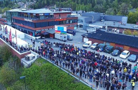 Folksomt: Slik så det ut da Anders Nilsen åpnet en nylig Power-butikk et annet sted i Norge.