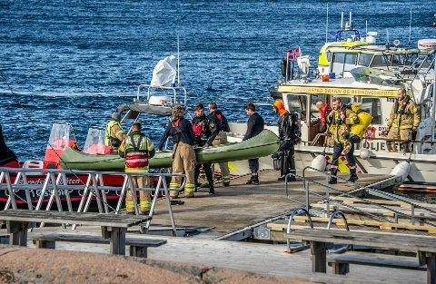 Flere ungdommer måtte reddes opp av fra vannet i en stor redningsaksjon i Onsøy onsdag denne uken.