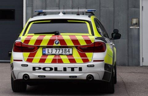KONFLIKT: En mann er siktet etter å ha stukket av fra en påkjørsel på en privat adresse på Skoppum.