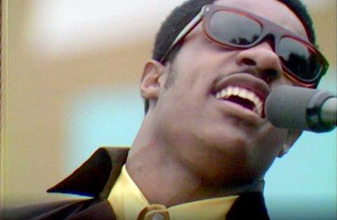 ARTISTER: Muskkhistorie med blant annet Stevie Wonder i Summer of Soul.