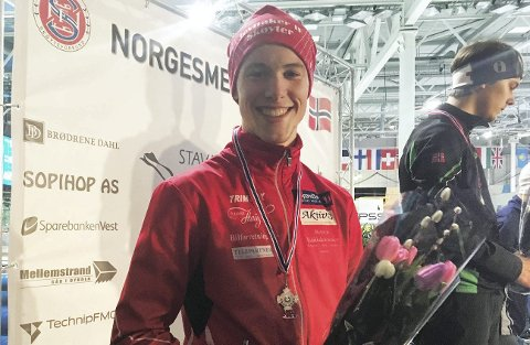 FORNØYD: Magnus Bakken Haugli tok sølv sammenlagt i junior-NM i Stavanger. Foto: Privat