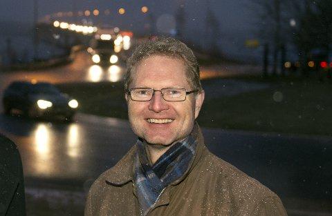 KJEMPER: Tor André Johnsen (Frp) håper på å få med seg resten av stortingsgruppa og til slutt stortingsflertallet på planen om full utbygging av Riksvei 4.