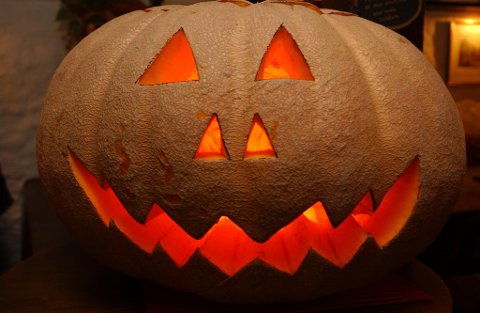 Dig. bilde Dickens. Gresskar. Halloween.