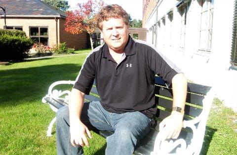 I HARDT VÆR: Bernie Lynch, tidligere juniortrener og trenerkoordinator i Comet, er suspendert fra trenerjobben sin i Canada.