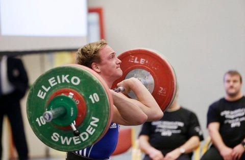 3. PLASS: Alexander Kolstø Våge fra Tysvær Vektløfterklubb endte på 3. plass i 69 kg-klassen under nordisk mesterskap på hjemmebane.
