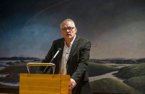 LYRISK: Tor Kristian Gaard gjorde Inger Hagerups ord til sine for å fortelle hvor viktig det er å støtte prosjektet.