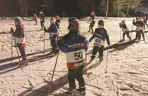 GOD START: Lysløypekarusellen i Vefsn startet med renn på Sjåmoen fristil, og det var hele 93 deltakere. Det var veldig god deltakelse i de yngste klassene.  FOTO: ELIN ABELSEN