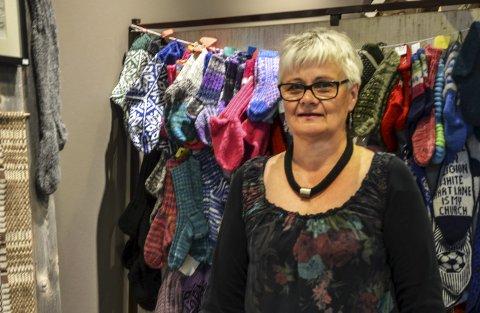 HUSFLIDEN: Annie Bråten er leder for husflidslaget i Hattfjelldal.