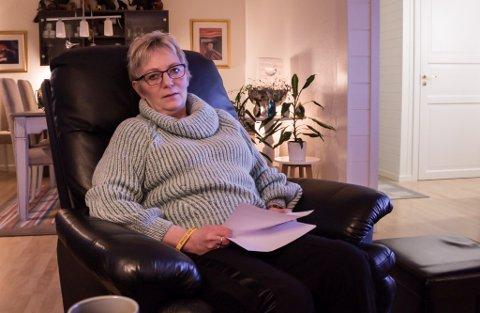 FÅR GJORT NOEN HVERDAGSLIGE TING IGJEN: Rigmor Irene Bakken(63) kan igjen takket være både medisin og hjelp fra rehabilitering fungere i hverdagen.