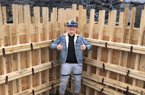 STORTRIVES: – Jeg har virkelig funnet jobbe jeg brenner for. Betongfaget er spennende, kreativ og utfordrende, mener Oscar Hauge.