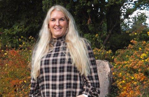 FRUSTRERENDE: Martine Hesselberg får ikke fast jobb fordi hun mangler erfaring. Hun får heller ikke erfaring fordi ytterst få vil ansette nyutdannede. – En ond sirkel det er vanskelig å komme ut av.