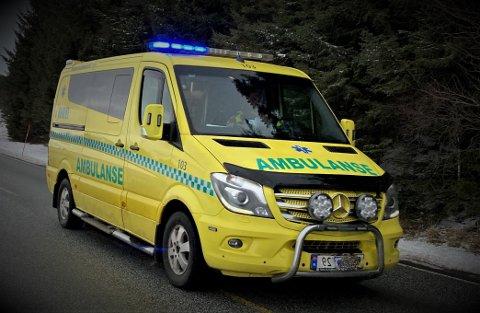 To ambulansearbeidere og to politimenn ble ufrivillig vitne til at en lege måtte eskorteres ut av rommet der det var en mulig suicidal pasient.