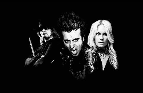 FALLING DOVES: Det amerikanske bandet består av vokalist, låtskriver og gitarist Christopher Leyva, bassist Christina Sandsengen  og trommis Greg Smith.