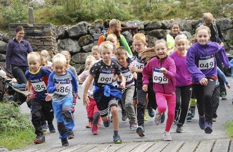 Det blei ny deltkarrekord i konkurranseklassen med 52 påmelde. 49 fullførte. Totalt 77 personar deltok laurdag i Folgefonna Opp. Foto: Signe Bondhus Jensen.