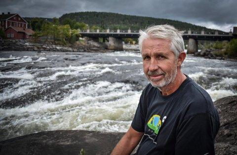 INGEN FORSKJELL: Per Bjørn Hardangen, daglig leder i Kongsberg energiselskap, mener ikke folk vil merke noe til endringen i minstevannsføringen.