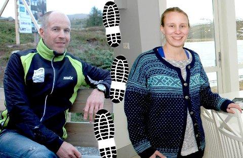 Inge Harald Olsen i Leknes skiklubb og Marte Eliassen i Steinfjorden bygderåd håper mange blir med på løpene lørdag og søndag.